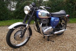 BSA. A50  Royal Star 500 Twin 1970