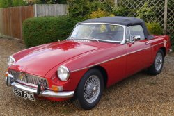 MGB ROADSTER 1966 Wire wheels Overdrive