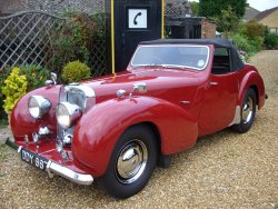 TRIUMPH ROADSTER 2000 1949 SOLD