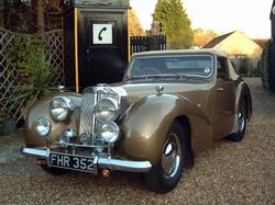 Triumph Roadster 2000 now sold (MORE WANTED) 1949