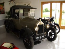 WOLSELEY 11-22 Doctors Coupe   1925